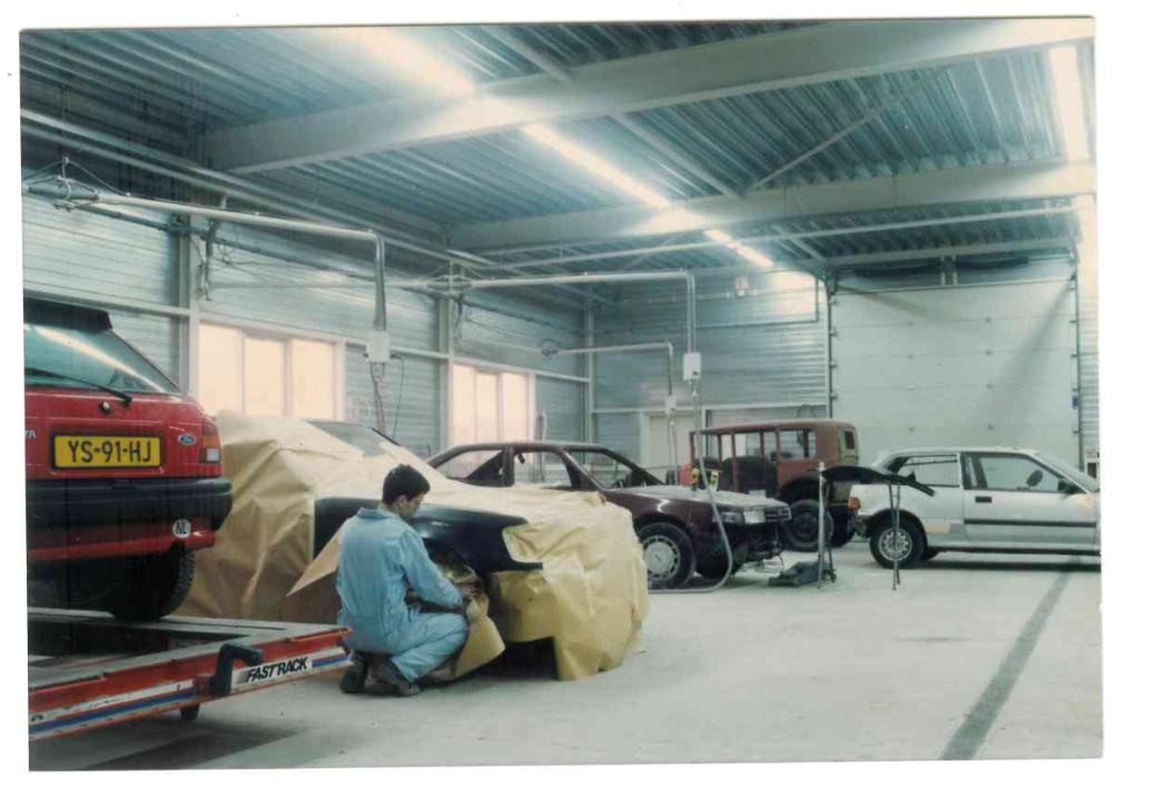 Het werkplaats aan de Lenteweg met Patrick Folkers - al sinds 1984 werkzaam bij ABS Bösing.